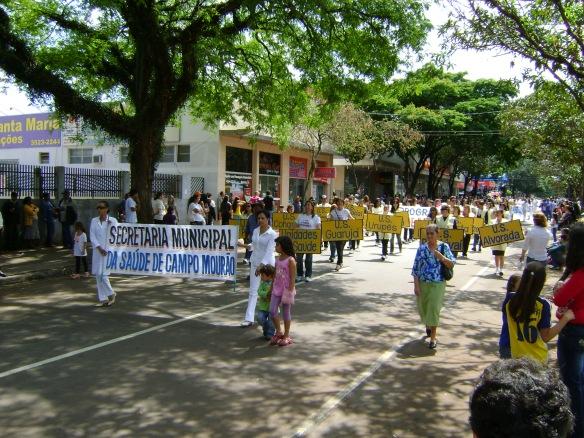 Desfile de aniversário de Campo Mourão. (10/10/2008)