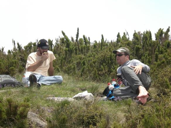 Descansando no alto do Caratuva
