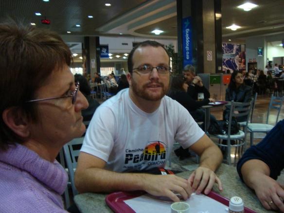 No aeroporto de Porto Alegre, aguardando voo da Webjet para Curitiba. (18/06/2009)