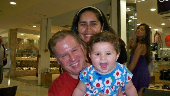Elis com seus esposo Willian e sua filha Ana Celina