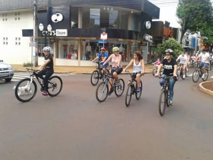 """pedalando pelo """"centrão""""."""