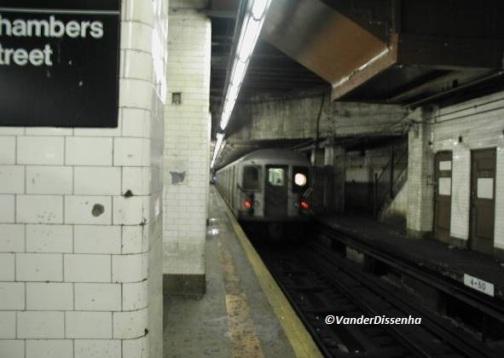 Estação Chambers Street. (2003)
