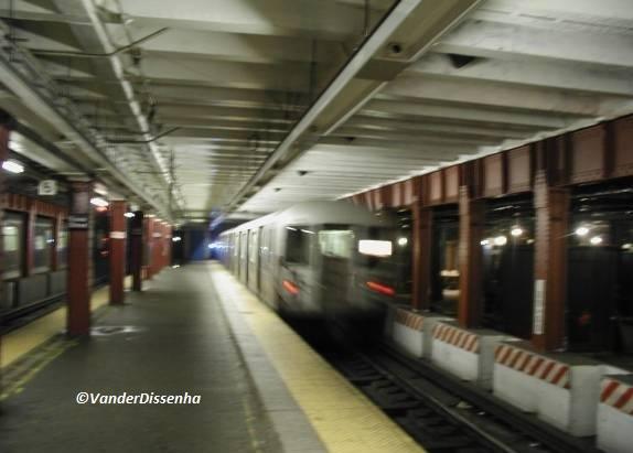 Trem passando. (2003)