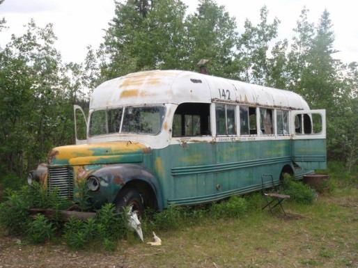 chris-mccandless-magic-bus-alaska-29392