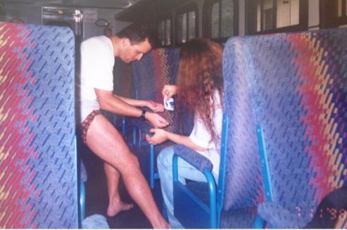 Primeiros socorros no trem. (novembro/1998)